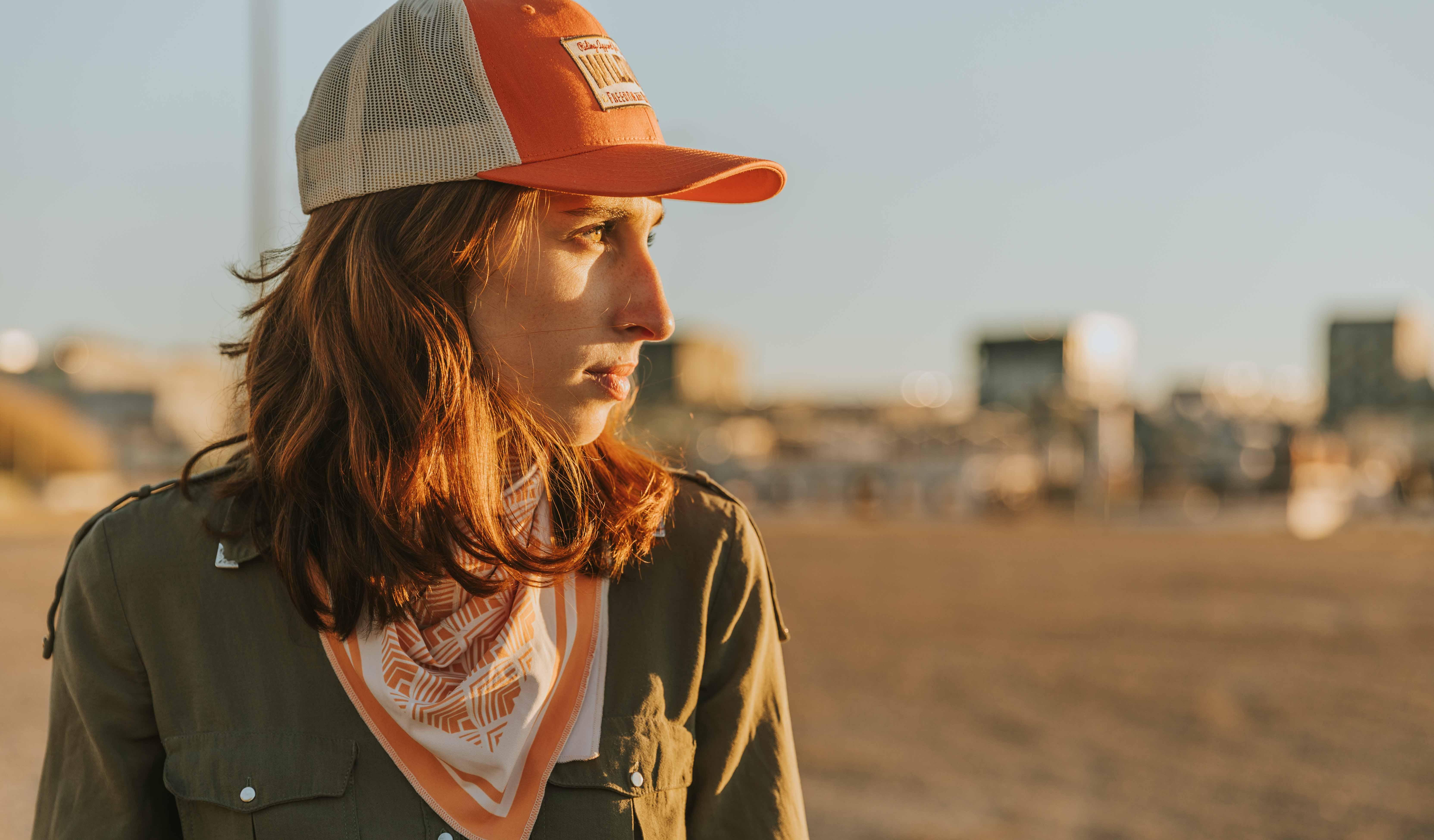 casquette orange wildust pour femmes