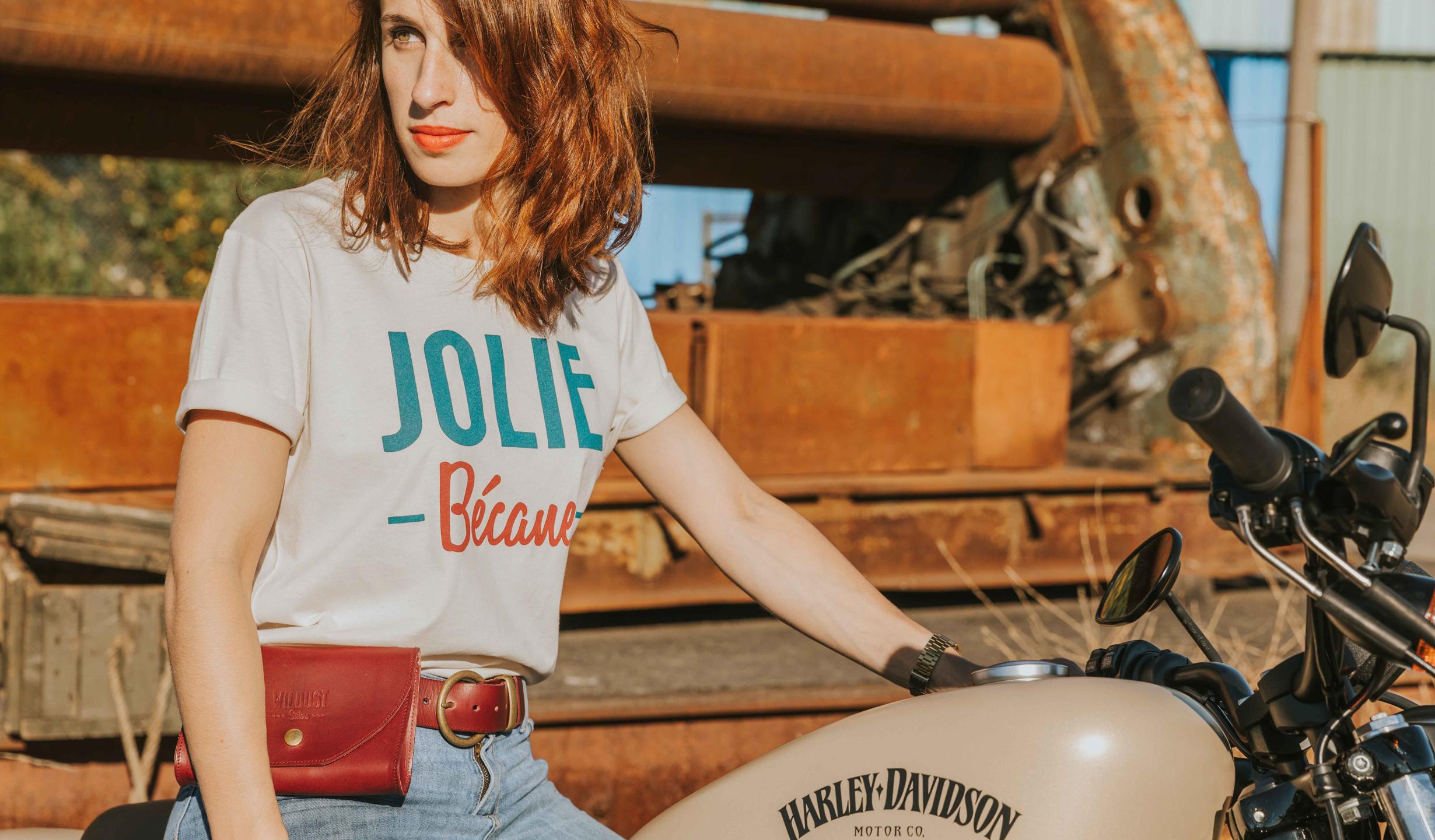 ceinture rouge bordeaux moto femme