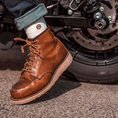 """Hey babe, take a walk on the wild side ! Put on your adventure boots from @redwingheritagewoman, and ride away ! Oh, and did I recomended you to wear our """"super-comfy-ultra-thick-but-so-breathable"""" socks...? Once you've tried them on, you'll never wear anything else ! Made for the ride, worn by adventurers.  . . #vintagesocks #redwing #boots #leatherboots #bikergirl #motogirl #womanrider"""