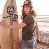 Californian Cool... Woman rider, biker girl, surfer girl ,skater girl... Here we are ! Summer vibes and wild spirit, it is all about love for the ride ! ✌☀️️ . . Peu importe le ride, du moment qu'il vous enmène sur la voie de la liberté et vers les sensations de chill...foncez ! . . #ride #lovefortheride #ridelikeagirl #womanrider #bikergirl #surfgirl #surfergirl #skatergirl #womenwhoride #motogirl #bikegirl