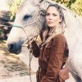 """RIDE LIKE A GIRL"" Thank you @sophiemolesti and @davidandrewoj for this wild pic. The spirit of adventure and wilderness that animate us som much,  is all represented here. As the Girl Power in the eyes of Sophie. 💛  Love it ! => And what about this cute camel overall? Ain't it cool ? . . Un wild portrait qui résonne fort dans l'univers Wildust. L'aventure, la découverte, les contrées lointaines et sauvages... Tout est suggeré dans cette photo. Même la détermination et le courage se lisent dans les yeux de Sophie.  On aime ! . .  => Bon et cette jolie combi camel, elle claque non? / . .  . . #wildrider #ridelikeagirl #overall #vintagelovers #wilderness #wanderlust #womanrider #bikergirl #horserider #girlrider"
