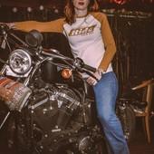 """""""REAL BABES RIDE THEIR OWN*"""". Right @clairedoussau ?   . . Comprendre cette petite phrase impertinente par:  *Les vraies filles roulent sur leur propre moto.  . . Un brin de provocation, beaucoup de fierté et une pincée de féminisme. What do you think? :-) . . . . #womanrider #realbabestidetheirown #bikergirl #motogirl #ridelikeagirl #womanwhoride #bikher"""