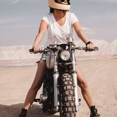 Stop over thinking things and just do !  The answer is blowing in the wind.  . . #theanswerisblowinginthewind #womanrider #bikergirl #womenwhoride #motogirl #ridelikeagirl #bikegirl