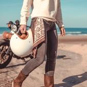 HAPPY SUNDAY guys ! Enjoy your day and take the oportunity to check out the new Winter Collection on www.wildust.com. We are wild souls, we design clothes for adventurers and women who ride. . . Bon dimanche à vous tous ! Profitez de cette belle journée et passez faire un tour sur www.wildust.com pour découvrir les dernières nouveautés ! Des vêtements et accessoires conçus pour les aventurières modernes.  . . #womenrider #womanrider #bikergirl #motogirl #ridelikeagirl #motorcyclegear #ridingapparel #motoscarf #chicksonbikes
